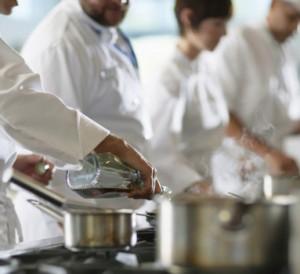 dans-les-cuisines-d-un-restaurant-image-d-illustration-11477235enhur_1713